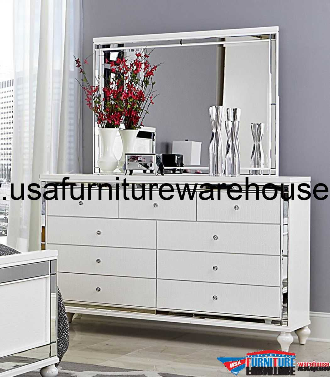 4-Pc Homelegance Alonza Beveled Mirror Frame Bedroom Set
