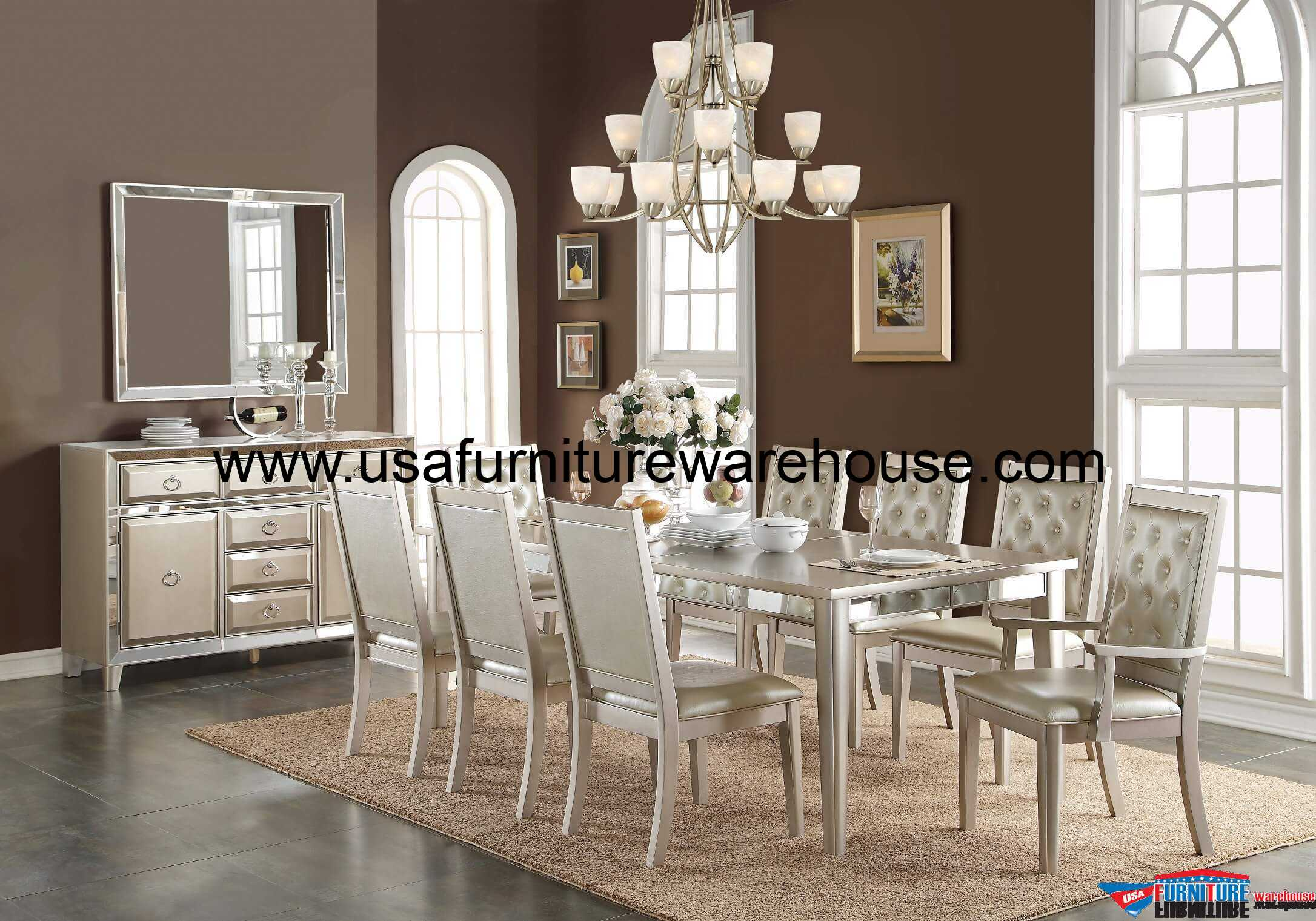 Incroyable Acme Voeville Matte Gold Mirrored Dining Set